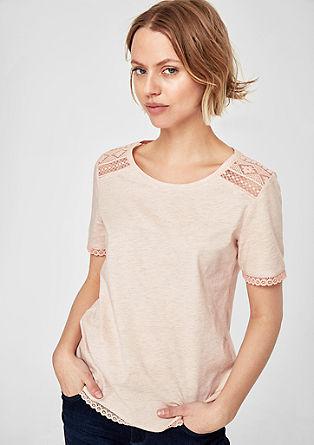 Glitzershirt mit Ethno-Stitchings