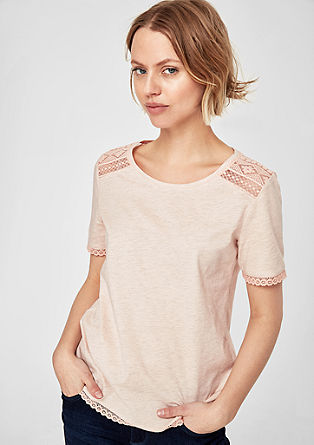 Glittershirt met etnische stiksels