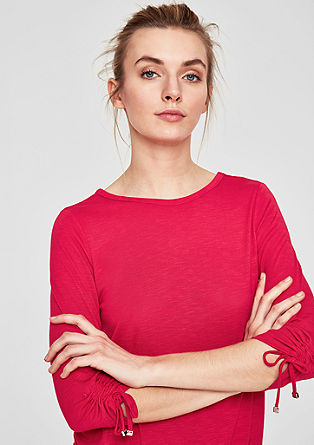 Shirt met sierkoordje in de nek