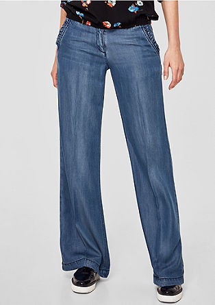 Smart Wide: jeans with ruffle pockets from s.Oliver