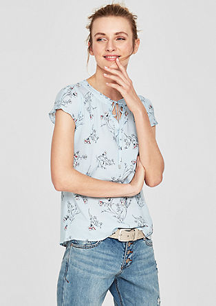 Bluza z naborki z vzorcem