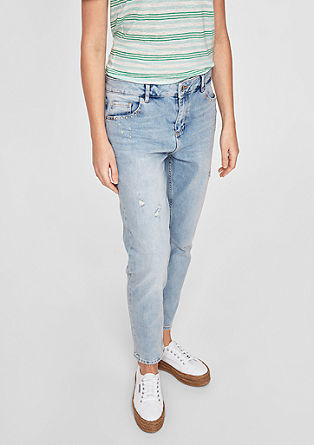 Girlfriend Ankle: Embroidery Jeans