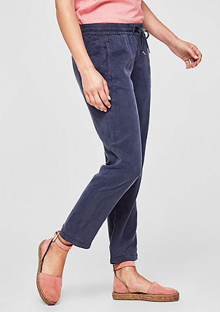 Smart Chino: flowing lyocell trousers from s.Oliver