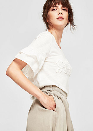 Top with flounce sleeves and lettering from s.Oliver