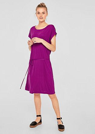 Jerseykleid mit Zierausschnitt