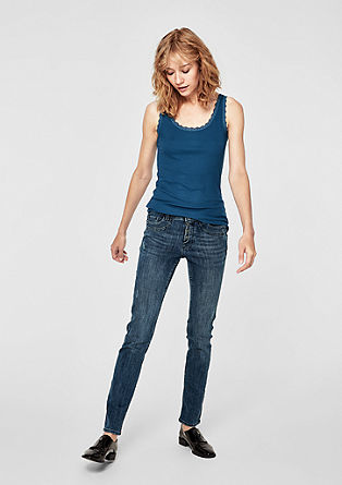 Shape Slim: distressed jeans from s.Oliver