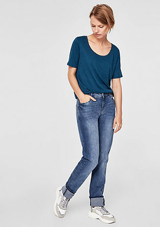 Smart Straight: Jeans mit Nieten