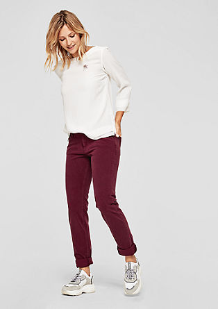 Shape slim: coloured jeans