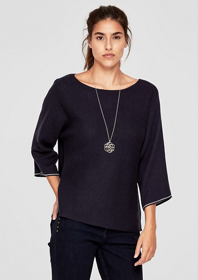 Lockerer Pullover mit Fledermausärmeln