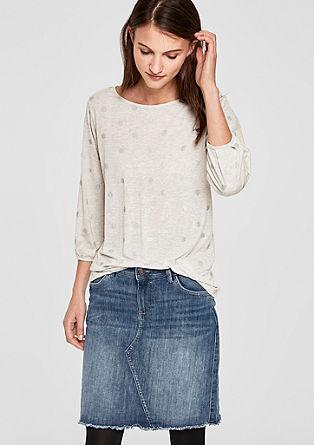 Korte denim rok met een rafelige zoom