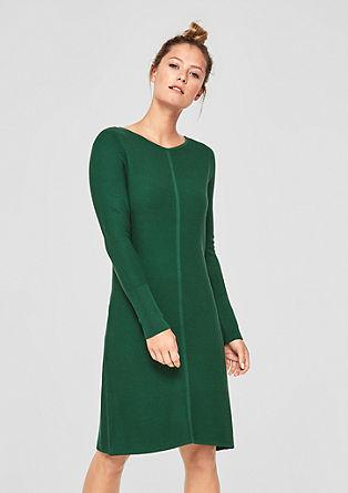 Pletena obleka z vzorčasto teksturo