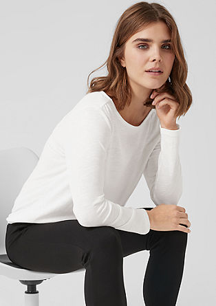 Long sleeve top in an O-shaped design from s.Oliver
