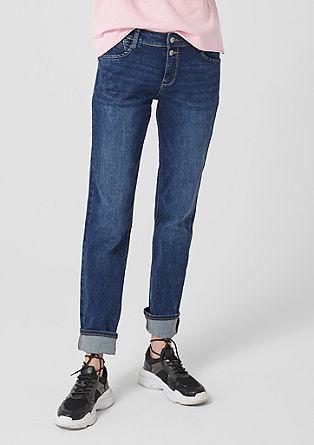 Smart Straight: džíny se dvěma knoflíky