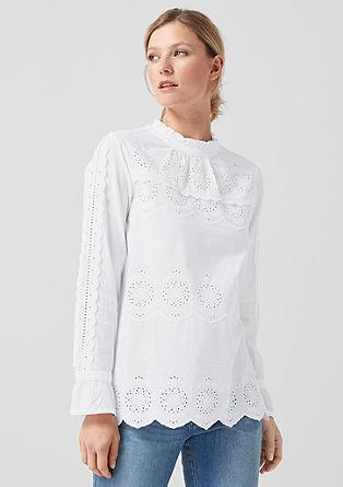 Speelse blouse met gaatjesmotief
