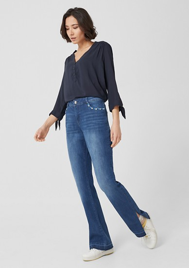 Smart Bootcut: Jeans mit Ethno-Detail