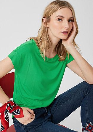 Tričko sžebrovými náplety