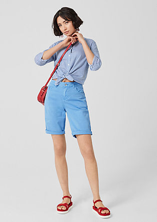 Smart Bermuda: Coloured Shorts