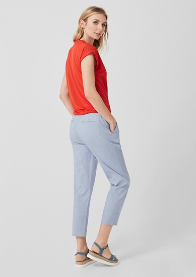 Smart Chino: 7/8 trousers with waist pleats from s.Oliver