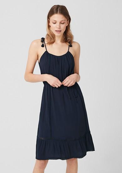 Crêpe-Kleid mit Spitze