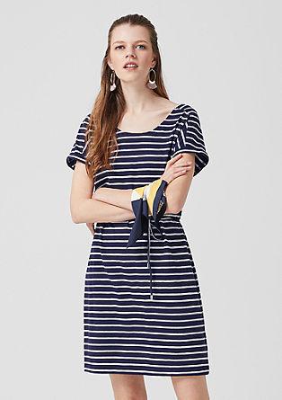 Jerseykleid mit maritimen Streifen