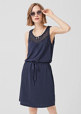 Jersey jurk met gehaakte kant