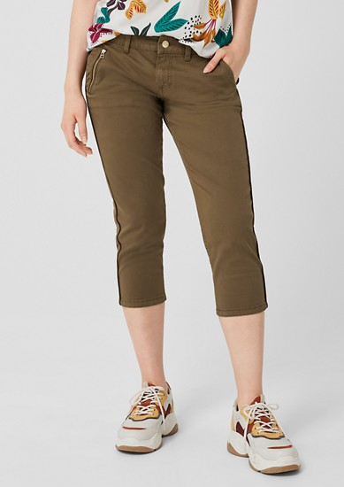 Shape Capri: 7/8-length twill trousers from s.Oliver