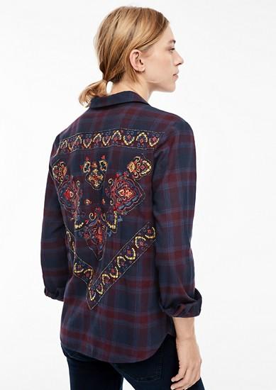 Flanellbluse mit besticktem Rücken
