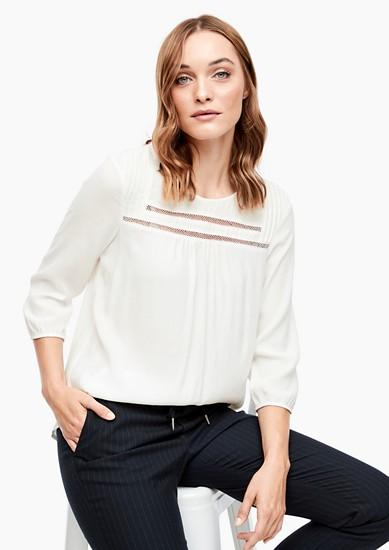 Feminine Bluse mit Spitzen-Insert