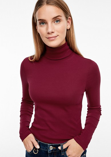 Rippshirt mit Turtleneck