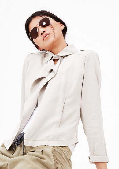 Sonnenbrille im Aviator-Style