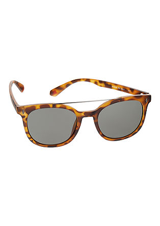 Sonnenbrille im Retro-Look