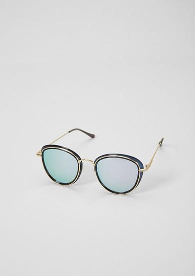 Panto-zonnebril in een laagjeslook
