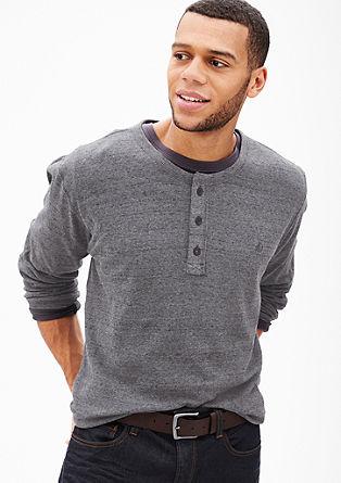 Leichter Pullover mit Knopfleiste