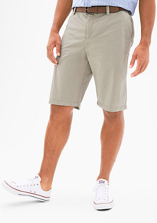 File Loose: Bermudas with a belt from s.Oliver