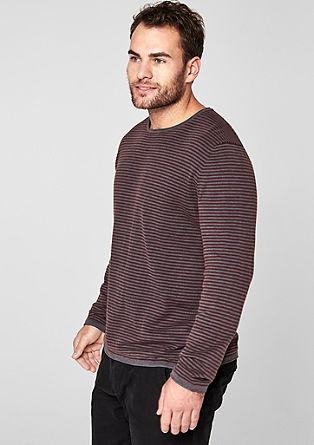 Pletený pulovr s proužky