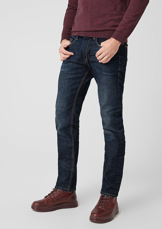 s.Oliver - Close Slim: Jeans im Used-Look - 5
