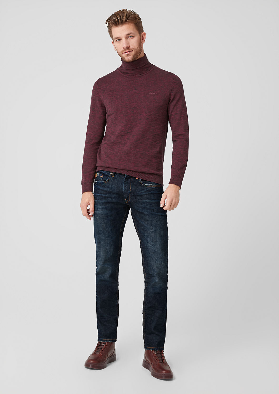 s.Oliver - Close Slim: Jeans im Used-Look - 2
