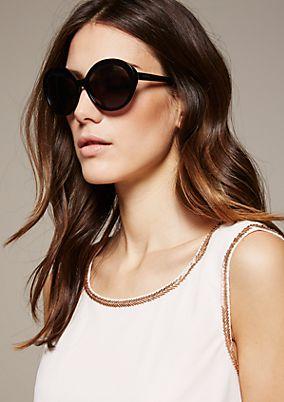 Elegante Sonnenbrille mit runden Gläsern