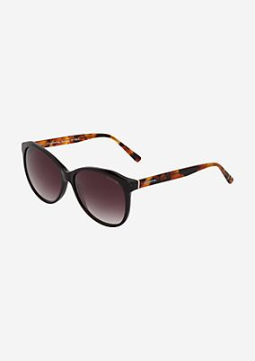 Lässige Sonnenbrille mit Kunststofffassung