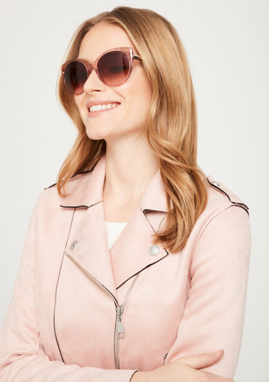 Edle Sonnenbrille mit kontrastigen Einsätzen