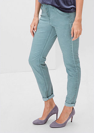 Fancy fit: Lightweight stretch trousers from s.Oliver