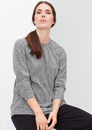 Shirt met een zigzagpatroon