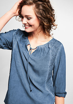 O-shape blouse met garment-washed effect