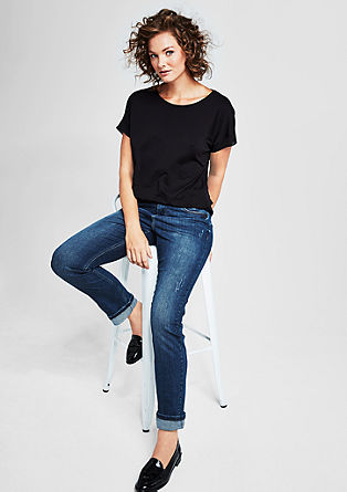 Curvy Fit: Dunkle Destroyed Jeans