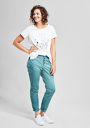 Fancy Fit: jeans z letvijo z gumbi