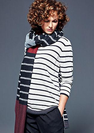 Večslojni pulover z okrasnimi obrobami lureks