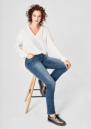 Curvy Slim: Jeans mit Ziernieten