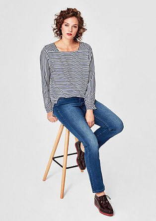 Curvy Slim: klasické modré džíny