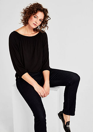 Feminine top in stretch viscose from s.Oliver