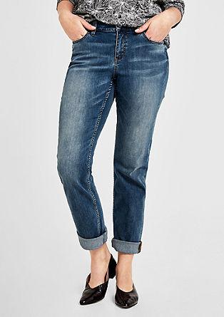 Curvy slim: jeans met een used look